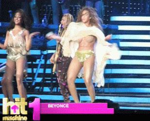 Beyonce показала сиськи