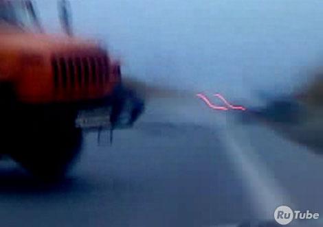 Пьяный водитель лоб в лоб столкнулся с грузовиком