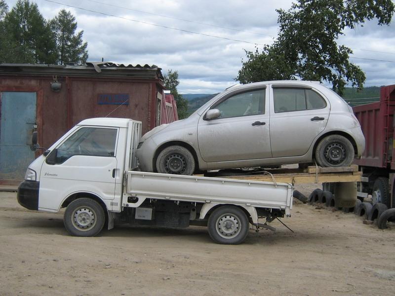 Как в России перегоняют машины из Японии.